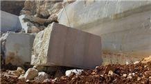 /picture201511/suppliers/20168/107206/botticino-semi-classico-marble-quarry-quarry1-4474B.JPG