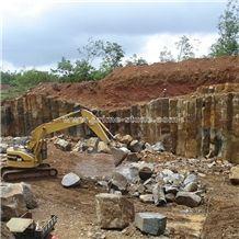 /picture201511/suppliers/20168/130955/hainan-grey-basalt-quarry-quarry1-4473B.JPG
