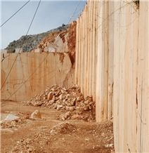 /picture201511/suppliers/20168/24393/caliza-zarci-calizia-zarci-crema-capri-caliza-capri-quarry-quarry1-4425B.JPG
