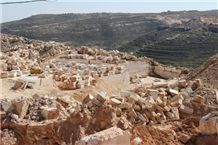 /picture201511/suppliers/20168/60883/jerusalem-cream-light-stone-quarry-quarry1-4410B.JPG