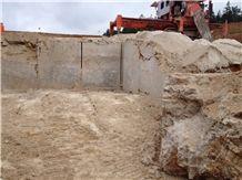 /quarries-4438/limes-dolomit-quarry