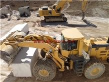 /picture201511/suppliers/20169/132905/doodi-travertine-quarry-quarry1-4494B.JPG