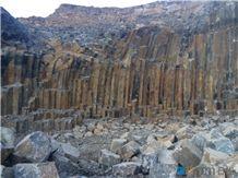 /picture201511/suppliers/20169/91520/china-black-basalt-quarry-quarry1-4482B.JPG