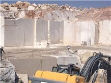 /picture201511/suppliers/20169/98470/anatolia-cream-marble-quarry-quarry1-3400B.JPG